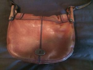 Vintage Fossil leather purse London Ontario image 2