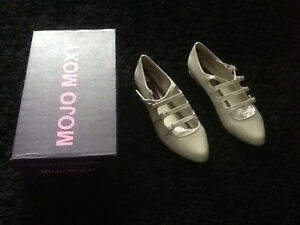 NEW IN BOX MOJO MOXY SIZE 7.5 CREAM BUCKLED BALLET FLAT SHOES
