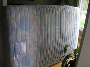 Double bed; mattress box springs & Rails