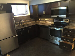 Centrally located! Close to Downtown, UofA, Kingsway!