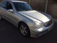 Mercedes c 180 avantgarde automatic 2002 black leather fsh long mot excellent car