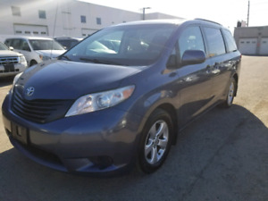 2013 Toyota Sienna LE *Certified*
