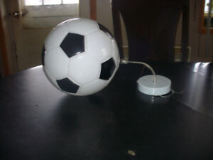 lampe plafonnier ballon soccer