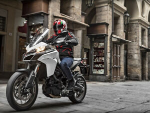 2017 Ducati Multistrada 950 in Star White Silk