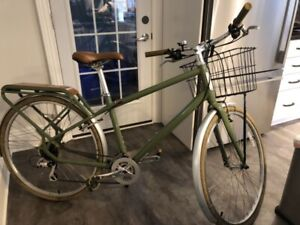 Unisex city bike, like new, Specialized Globe, model is Haul 01