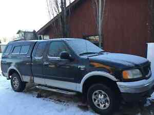 2002 Ford E-150 Pickup Truck