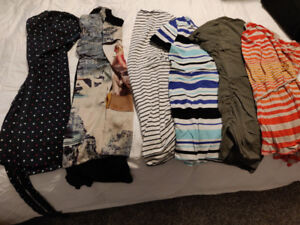 Maternity lot: med/LG and size 10/12