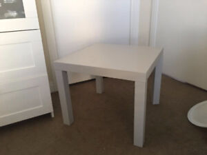 IKEA LACK Side Table, in very good condition, ONLY $5!