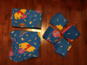 Winnie the Pooh and Eeyore bed sheet set - fleece
