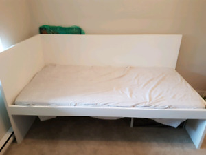 Ikea single / guest / day bed