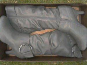Size 10 Brand New Grey Knee High Boots