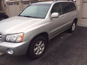 FOR SALE -- 2003 TOYOTA HIGHLANDER -- GREAT CONDITION!!