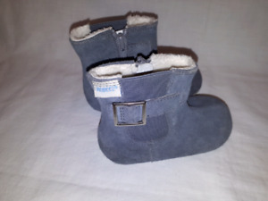 ROOBEZ Toddler Girls Boots Size 4, Like New