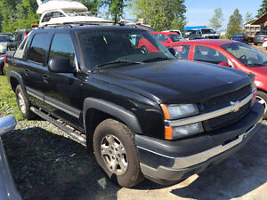 2005 CHEVY AVALANCHE 4x4 LT LOADED2850$@902-293-6969