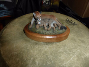 Sale postponed...Sculpture, statute of Mountain Lion and her cub