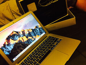 Selling MacBook Air 2015 need to be gone asap