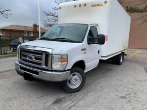 2016 Ford E 450 16 Ft Box With Ramp 58000Km 29900$ OBO