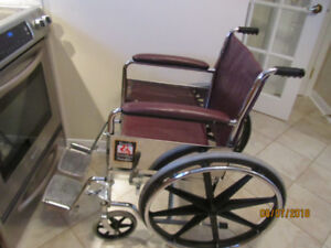 Wheelchair /Transport chair, chaise roulante/chaise de tansport