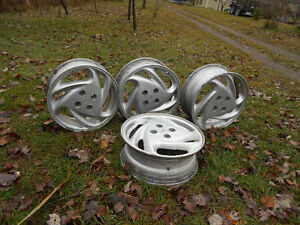 16 inch ford rims London Ontario image 1