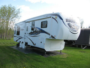 Big Horn Fifth Wheel Trailer