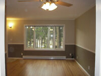 3 bd. T/H, QUIET, PRIVATE, SECLUDED, High-end fam.area., NS, 5/1