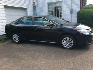 2014 Toyota Camry -Lady driven, automatic 31,005 kms