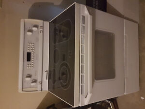 Used Whirlpool gold electric oven great condition