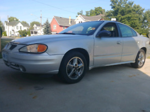 2004 grand am with low km!
