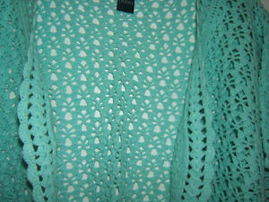 AQUA HAND CROCHET BOLERO  SIZE 24 (3X) Kingston Kingston Area image 2