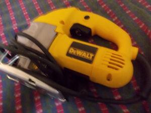 dewalt jig-saw used once