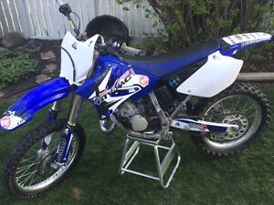 Yamaha YZ 125 Complete engine rebuild and facelift.