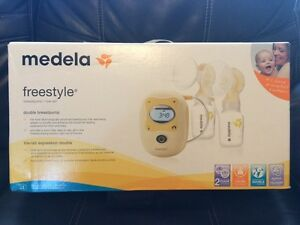 Medela Freestyle Breastpump - with BPA-Free Bottles Strathcona County Edmonton Area image 2