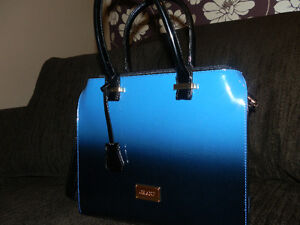 Grand Purse - Brand new - Blue ombre effect - 40$ firm London Ontario image 2