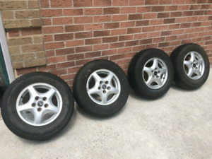 Rims and tires 215 70 r15