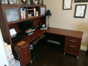 Computer Desk (L Shaped) - Great condition