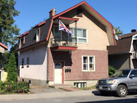 2 Bedroom - Beechwood Vanier - with Laundry and Parking