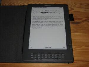 Amazon Kindle DX Graphite 2nd Generation (3G Model)