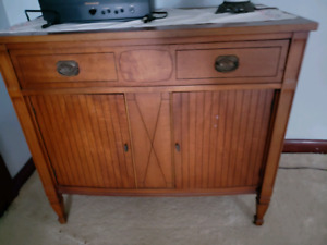 Small Cabinet - pickup in Caledonia
