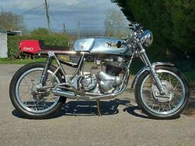 WASP NORTON COMMANDO 850 CAFE RACER. STUNNING ONE OFF! DELIVERY AVAILABLE