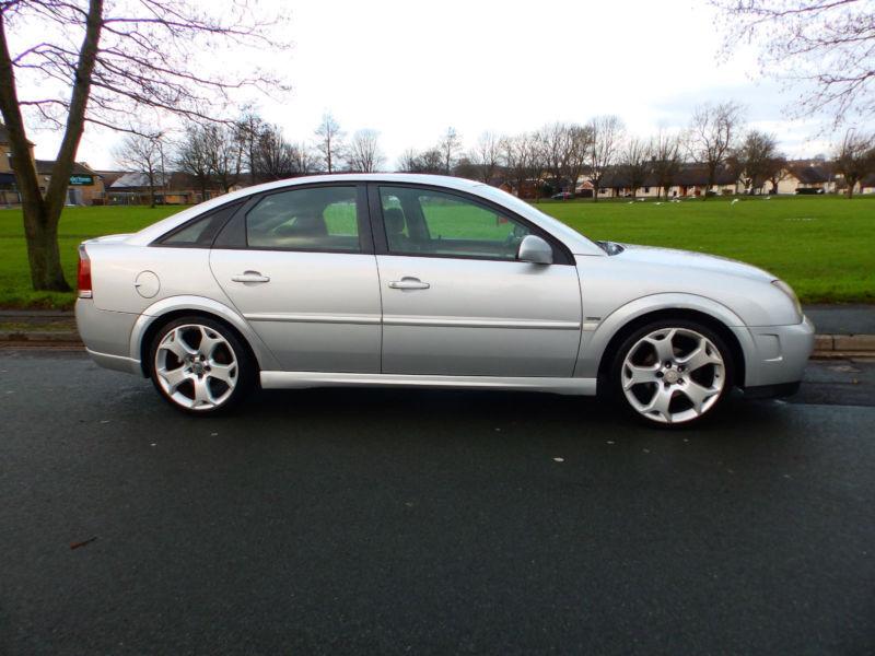 2005 54'reg Vauxhall Vectra 1.9 CDTi 16v SRi (150 bhp)
