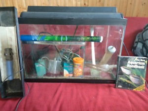 2 FISH TANKS 20&5 GALLON $30