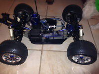 1/8th Scale Kyosho Nitro Full Race set up MONSTER TRUCK.NEW City of Montréal Greater Montréal Preview