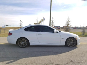 2012 BMW 335I / XDRIVE / M PACKAGE / FINANCING AVAILABLE!!