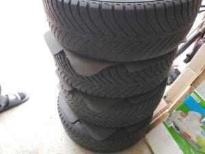 16 inch Kumho Solus HA31 all weather tires + OEM Honda Rims!