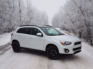 2014 Mitsubishi RVR GT- Lots of warranty coverage
