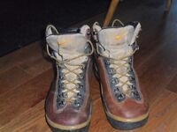 Leather Nike Hiking Boots