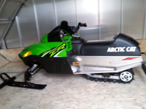 Brand new 2016 arctic cat zr120 kids snowmobile