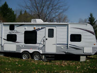 2013 Jayco 26BH Used ONLY 1 SEASON!!!!!!! Very clean!!!
