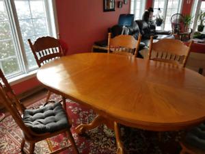 Table de cuisine en bois massif