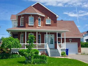 Brossard sector O. detached house for rent, just 2900/month
